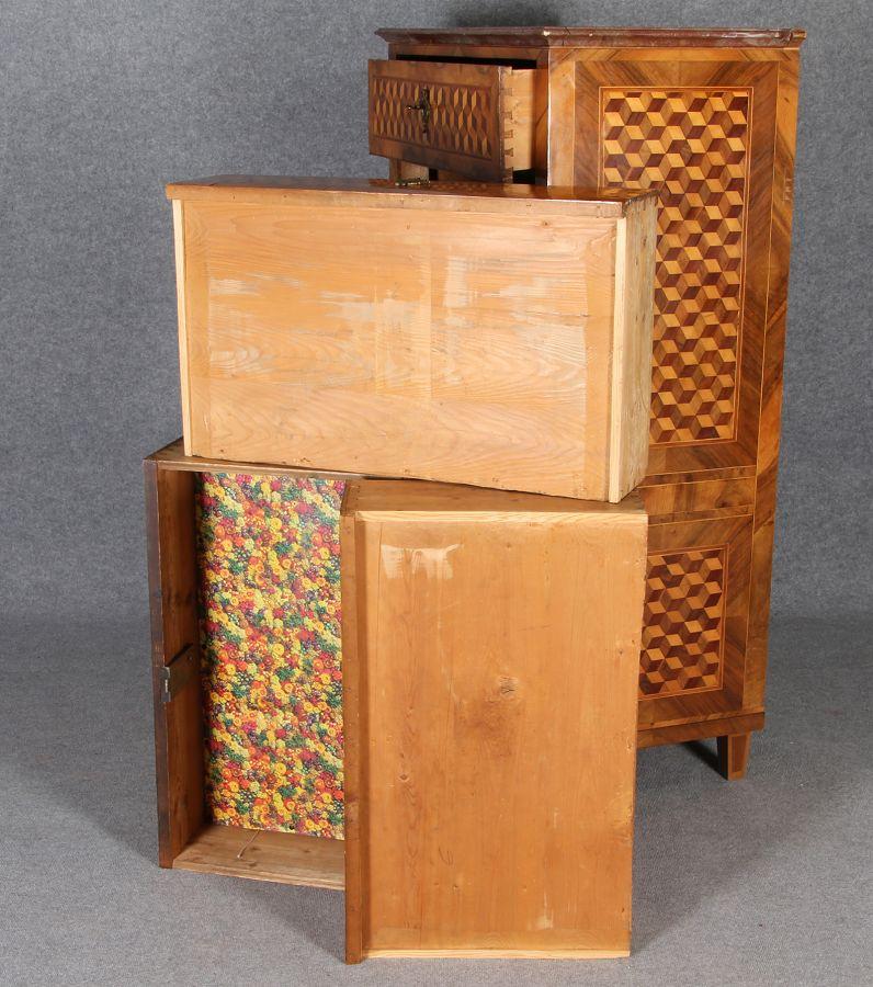louis seize herren kommode mit w rfel marketerie um 1800 ist frisch restauriert ebay. Black Bedroom Furniture Sets. Home Design Ideas